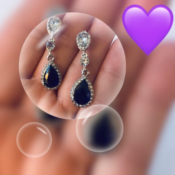 Jewelry - 🆕💜18K White Gold Filled Genuine Sapphire Earring